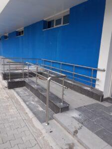 Paslanmaz Çelik Engelli Korkuluğu (1)