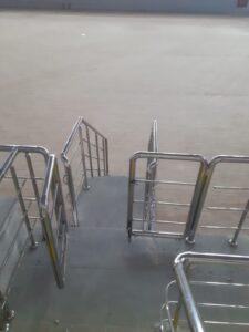 Paslanmaz Çelik Kapı (2)
