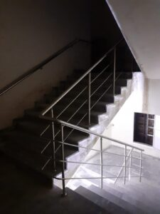 Paslanmaz Çelik Merdiven Korkuluğu (10)