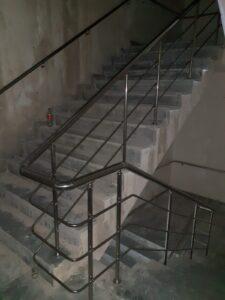 Paslanmaz Çelik Merdiven Korkuluğu (12)