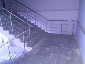 Paslanmaz Çelik Merdiven Korkuluğu (3)
