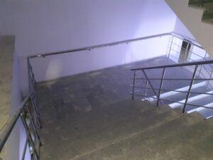 Paslanmaz Çelik Merdiven Korkuluğu (4)