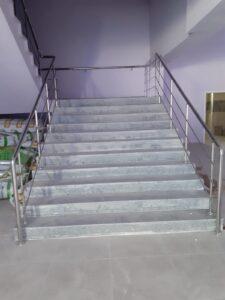 Paslanmaz Çelik Merdiven Korkuluğu (5)