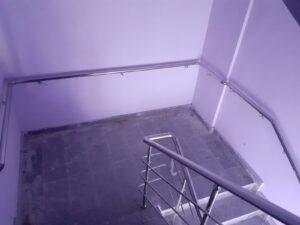 Paslanmaz Çelik Merdiven Korkuluğu (7)