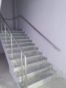 Paslanmaz Çelik Merdiven Korkuluğu (9)